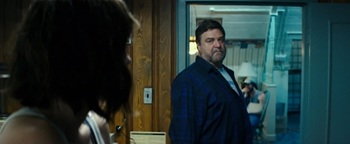 An uncomfortable moment at 10 Cloverfield Lane