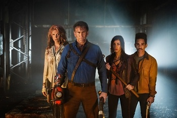 Ash vs Evil Dead, back in action
